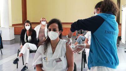 Sanidad ha administrado la vacuna contra la Covid-19 a 27.637 personas