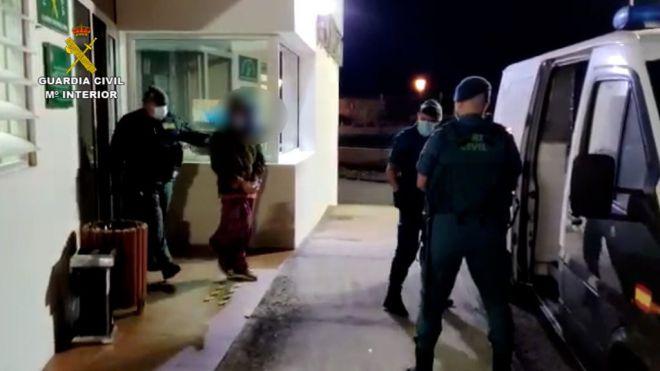La Guardia Civil interrumpe una fiesta privada en Fuerteventura con más de 20 personas