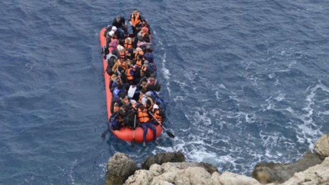 FEHT urge al Gobierno de España a que asuma sus competencias y responsabilidades en materia de inmigración