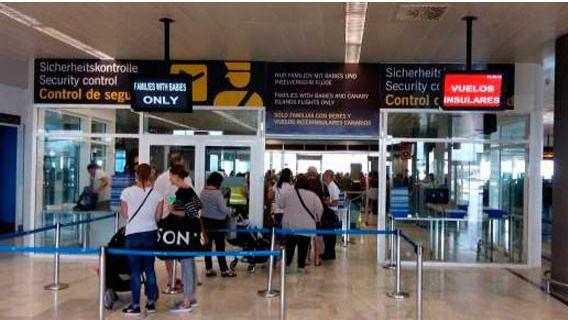 España prorroga la limitación de vuelos y buques de pasaje con Reino Unido hasta el 16 de febrero