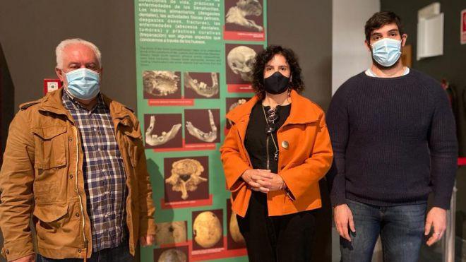 Un investigador estudia la dieta de la población aborigen en el MAB