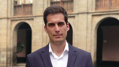 """Molina: """"Es preocupante que Santiago Pérez esté dispuesto a compaginar el cargo de concejal de Urbanismo con el de senador"""""""