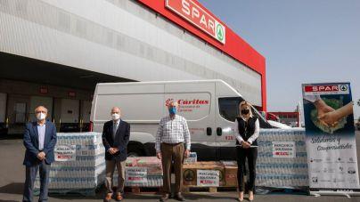 Spar Gran Canaria dona dos toneladas de alimentos a Cáritas Diocesana