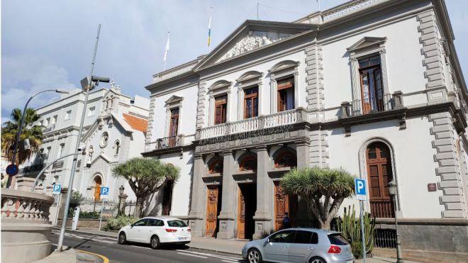 Santa Cruz pide a EMMASA que recupere el canon abonado irregularmente a Sacyr