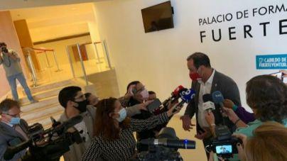 El Presidente del Cabildo, Blas Acosta, renuncia a la Presidencia de la Corporación