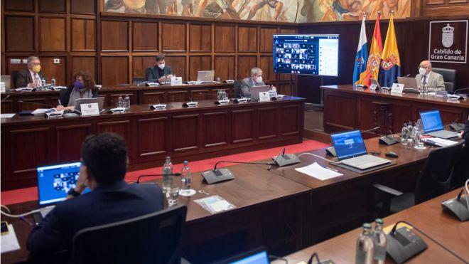 El Cabildo aprueba 7 millones para ayudar a restaurantes, centros deportivos y puestos de venta ambulante en Gran Canaria