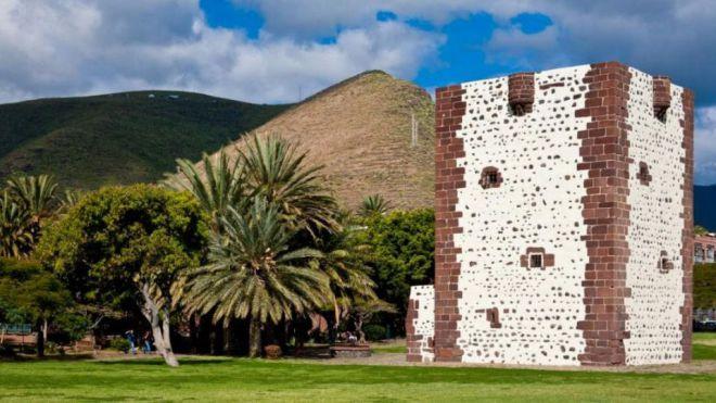 El Psoe en el Cabildo demanda la reapertura de la emblemática Torre del Conde