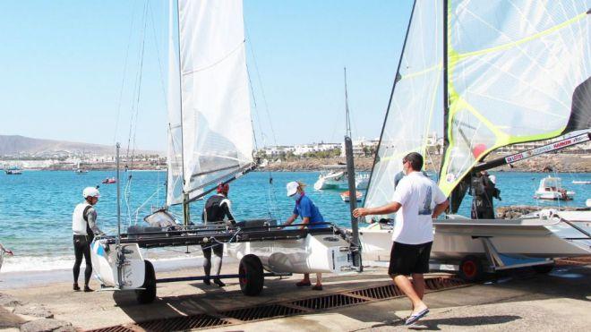 Playa Blanca acoge la clasificación a Tokio de tres clases olímpicas de vela