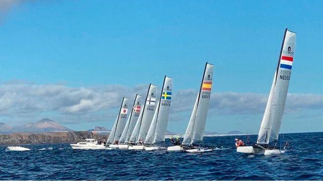 Más de 30 países compiten por el pase olímpico de vela para Tokio 2020 en Canarias