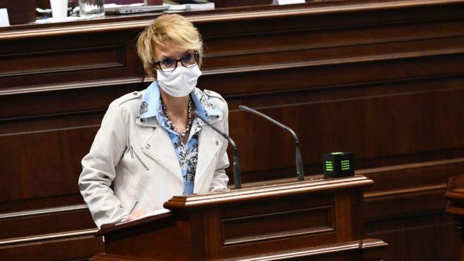 El Parlamento convalida por unanimidad el decreto-ley de ayudas a pymes y autónomos
