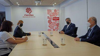 Rodríguez se compromete a incrementar la ayuda a Cáritas por el agravamiento de las necesidades humanitarias