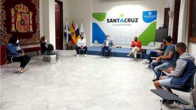 Santa Cruz insta al Gobierno de Canarias a frenar el desahucio de familias de El Tablero