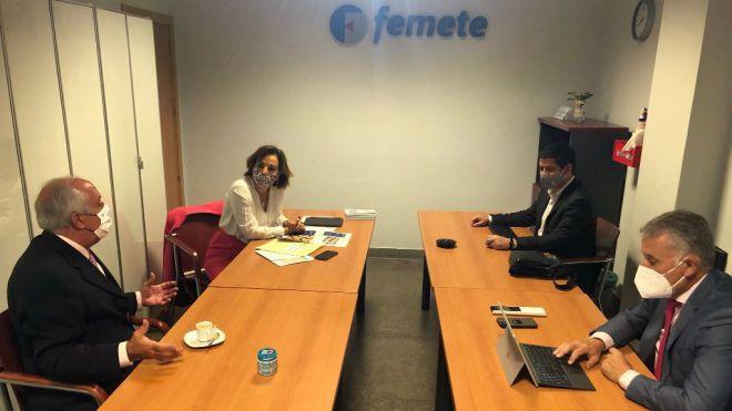 El Cabildo presenta a Femete su plan para modernizar y agilizar trámites