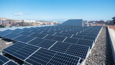 El Cabildo inaugura un parque fotovoltaico que abastecerá a Infecar de energía 100 % limpia las horas centrales del día
