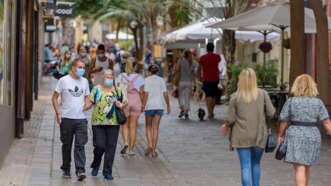 Santa Cruz cierra abril con 6.529 contratos y aglutina el 41,4% de los contratos de la Isla