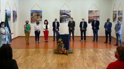 Arico acoge la firma del manifiesto en defensa de las familias del sur de Tenerife
