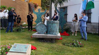 Sabinosa da nombre a una plazoleta de Los Realejos que integra un conjunto escultórico en su honor