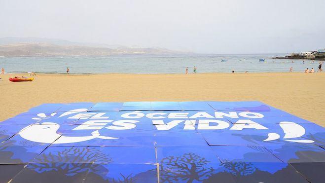 La ciudad reclama la preservación de la vida marina y denuncia la proliferación de microplásticos con motivo del Día Mundial de los Océanos