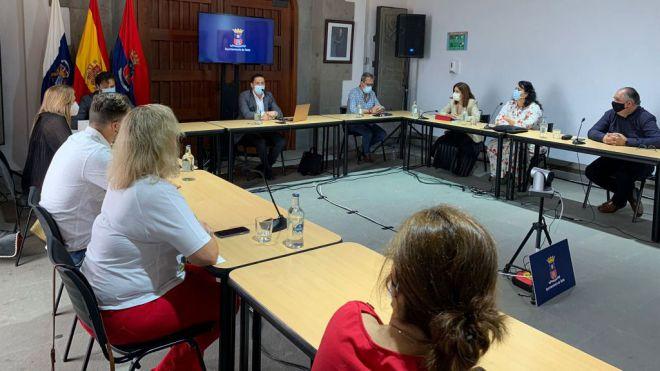 Héctor Suárez cede la alcaldía de Telde en cumplimiento del pacto de Gobierno
