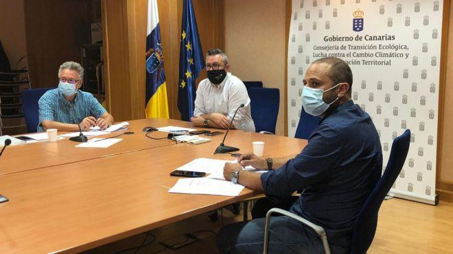 El Consejo Regional de Caza aprueba el calendario de veda y condena el ataque a tajinastes en La Palma