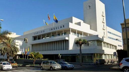 """El Cabildo denuncia al """"Padre Báez"""" ante la Fiscalía por sus declaraciones sobre el crimen machista de Tenerife"""