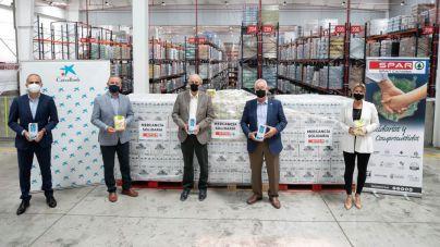 SPAR Gran Canaria dona 2.500 kilos de leche y gofio canarios a la campaña solidaria #NingúnHogarSinAlimentos