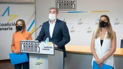 """CC advierte al PSOE que """"llevará al Constitucional la reforma por la puerta de atrás de los fueros"""""""
