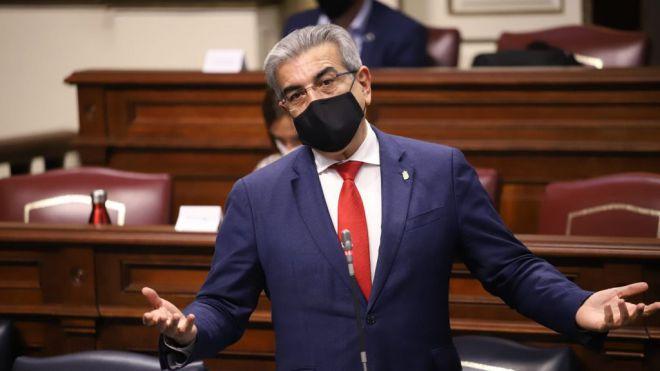 Rodríguez reabre el debate sobre los límites del crecimiento demográfico en Canarias