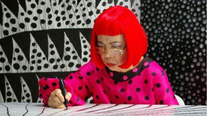 'Kusama Infinity', la beligerante vida de una mujer que alcanzó la cima del mundo del arte