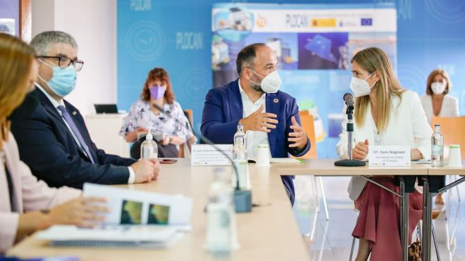 Gobierno de Canarias y Estado anuncian una hoja de ruta para el desarrollo de las energías del mar