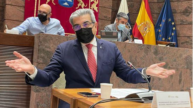 """Rodríguez: """"La mayoría de la sociedad canaria está siendo ejemplar frente a la pandemia"""""""