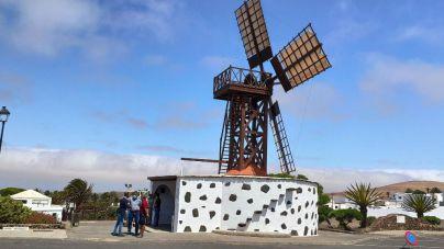 Lanzarote recupera parte de la historia y del patrimonio insular con la Molina de Teguise