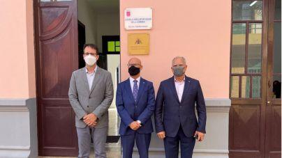 El Diputado del Común abre su nueva oficina de atención ciudadana en La Gomera