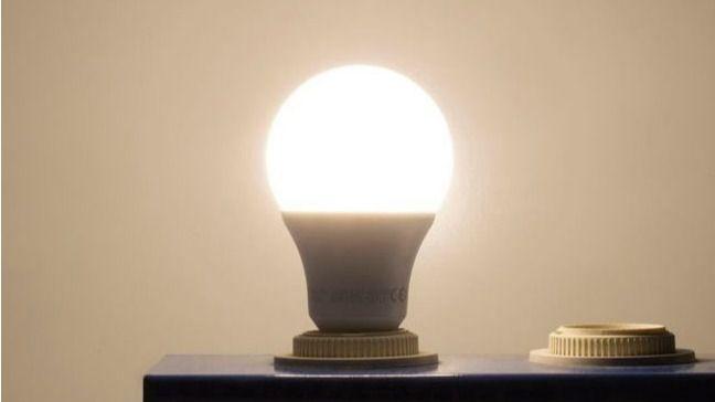 El precio de la luz se dispara este miércoles a un nuevo máximo histórico, con más de 106 euros por MWh
