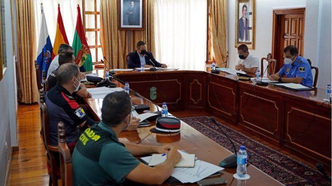 Arona se coordina con las fuerzas y cuerpos de seguridad en el inicio de nivel 4 de alerta para frenar la pandemia