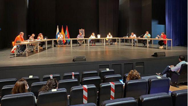 Arona pide reabrir el punto de vacunación de El Mojón en una declaración institucional