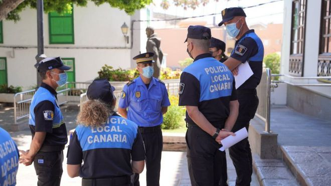 Arona incorpora otros siete agentes a la Policía Local y llega a los 140 en el primer incremento neto en más de una década