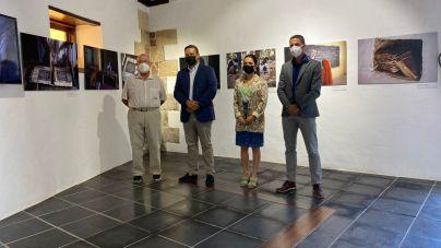 El Cabildo lleva a Arona una exposición sobre la ciudad mauritana de Chinguetti