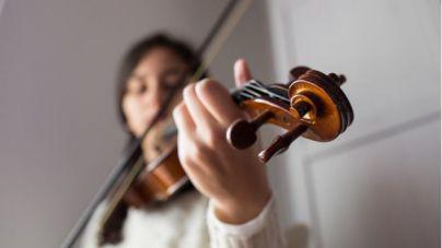 Educación reconoce a 27 estudiantes de Música y Artes Plásticas y Diseño con sus Premios Extraordinarios