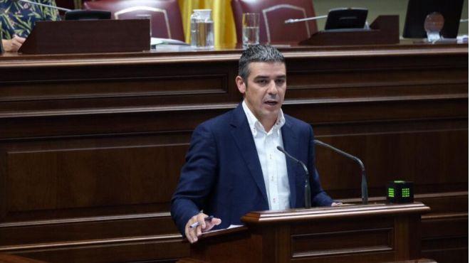 """Quintero acusa al Estado de """"asfixiar"""" a los pesqueros canarios y al Gobierno canario de """"abandonarlos"""""""