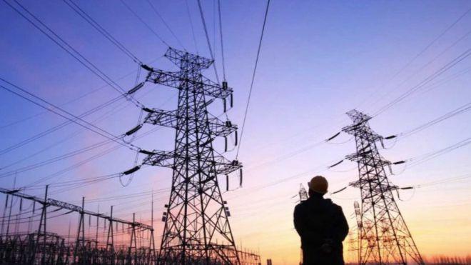 El miércoles más caro de la historia, la electricidad a 135,65 euros por MWh