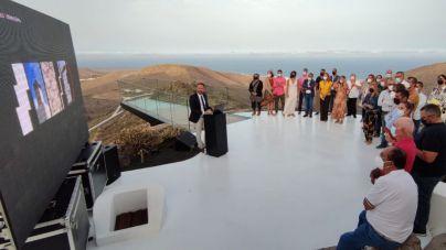 El Ayuntamiento inaugura las nuevas instalaciones del Mirador de Haría