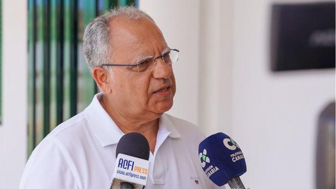 Curbelo propone un plan de inversión para mejorar Los Cristianos ante el bloqueo de Fonsalía