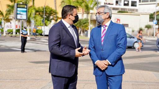 Mena celebra el compromiso de Rodríguez en el apoyo al puerto de Los Cristianos