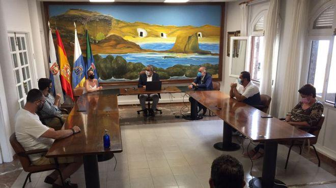 CC-PNC analiza con el Ayuntamiento de Arico las alternativas para la ubicación del Centro Insular de Tiro