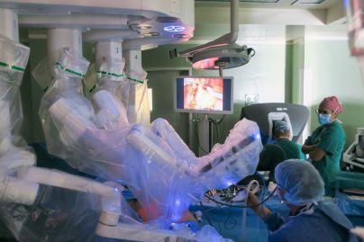 El Hospital de La Candelaria realiza 85 intervenciones quirúrgicas con cirugía robótica