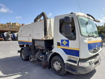 Gran Canaria envía a La Palma personal técnico y maquinaria para colaborar en la limpieza