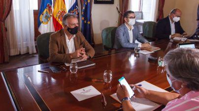 Torres anuncia la compra de viviendas para los afectados durante la próxima semana