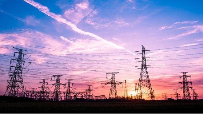 El precio de la luz marcará el lunes más caro de la historia, 186,46 euros/MWh