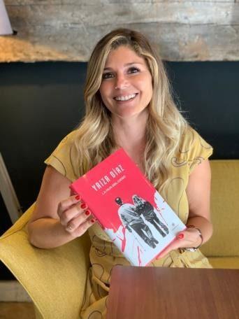 La periodista televisiva Yaiza Díaz saca su primera novela La hija del ciego